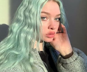 hair, aesthetic, and green image