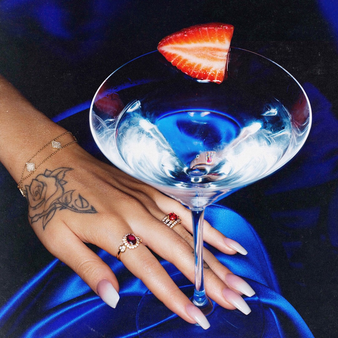 nails, red, kali uchis and blue