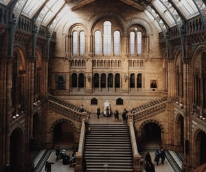 architecture, london, and museum image