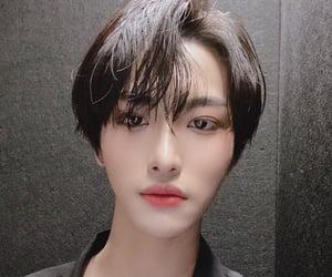selca, selfie, and seonghwa image
