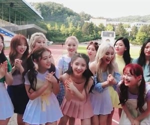 article, heejin, and gir group image