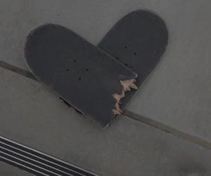 aesthetic, skateboard, and grunge image