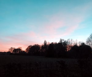 pretty, sky, and sunset image