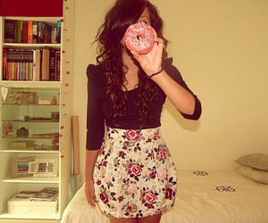 girl, fashion, and donuts image