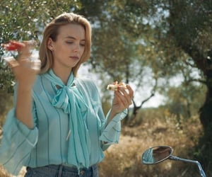 villanelle, jodie comer, and killing eve image