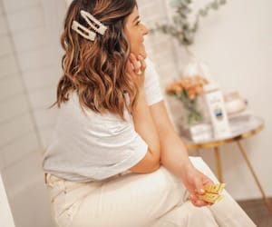 hair accesories image