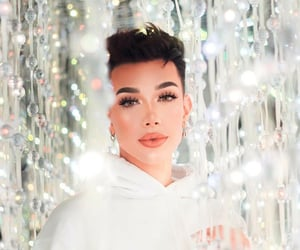 youtube, james charles, and youtuber image