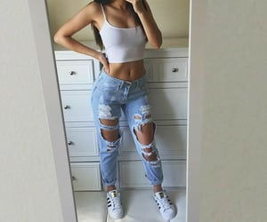 girls, outfits, and summeroutfit image