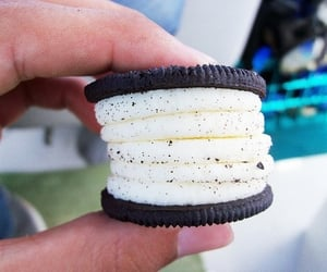 delicious, food, and oreo image