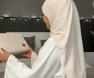 hijab, islam, and muslim girl image