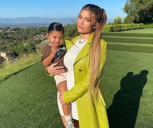 kylie and kyliejenner image