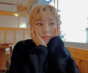 fake, psd, and wheein image
