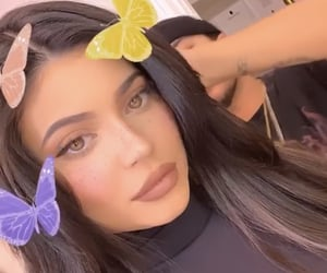aesthetic, makeup, and kyliejenner image