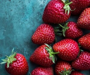 strawberry, fruit, and yummy image