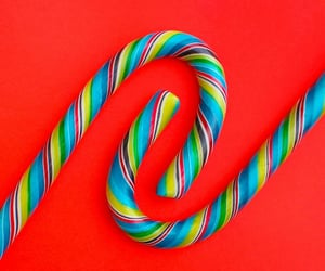 candy, minimalism, and striped image