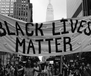 article and blacklivesmatter image