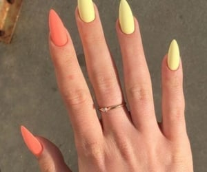 nails, yellow, and cute image