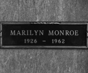 Marilyn Monroe, black and white, and rip image