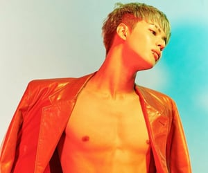 kpop, bias, and lee taemin image