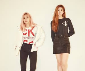 interview, itzy, and vougue korea image