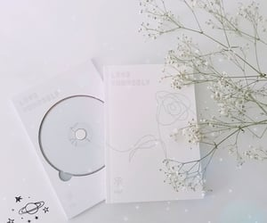 album, article, and halsey image