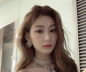 girl group, kpop, and kpop girl image