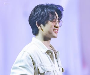 dye, handsome, and park jinyoung image