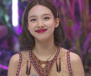 kpop, dahyun, and tzuyu image