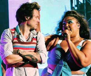 Harry Styles, one direction, and lizzo image