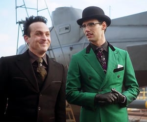 fox, the riddler, and Gotham image