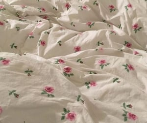 bed, aesthetic, and flowers image