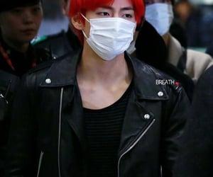 bts, kim taehyung, and airport image