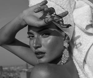 black and white, beauty, and diamond image