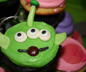 alien, cupcakes, and toy story image