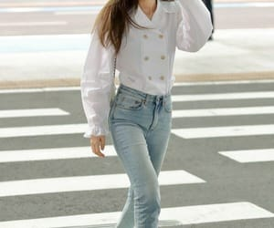 jennie, airport, and blouse image