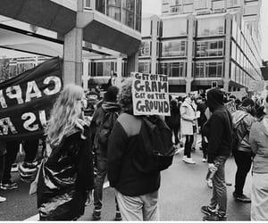 louis tomlinson and black lives matter image