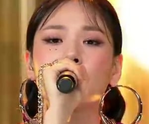 bibi, korean, and stage image