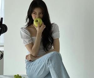 actress, kpop, and vagabond image
