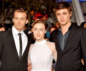 Hot, Saoirse Ronan, and the host image