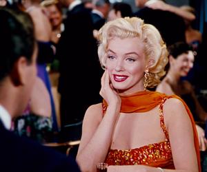gif and Marilyn Monroe image