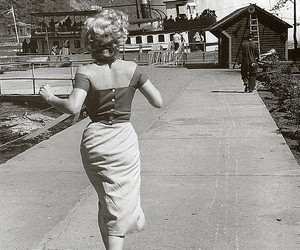 Marilyn Monroe, 50s, and vintage image