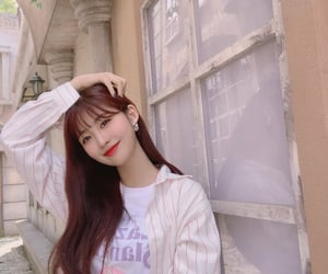everglow and sihyeon image