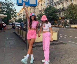 pink, outfit, and friends image