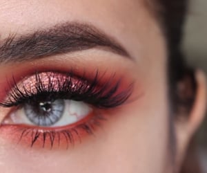 false eyelashes, make up, and scarlett image