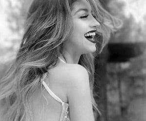 black white colors, love omg mood رمزيات, and صور متنوعة رمزيات بنات image