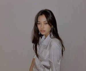 kpop, weki meki, and kim doyeon image