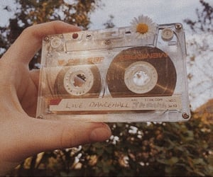 vintage, aesthetic, and flowers image