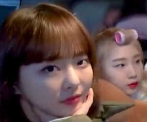 chuu, heejin, and yeojin image