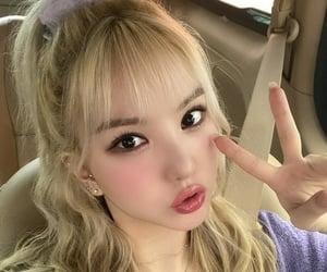 eunha, kpop, and gfriend image
