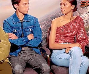 gif, zendaya, and tom holland image